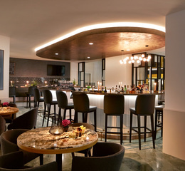 Classik hotel collection alexander plaza lobby bar 2 web