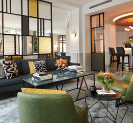 Classik hotel collection alexander plaza lobby couch 2 web