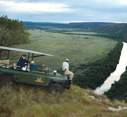 Hillsnek safari camp amakhala game reserve river view